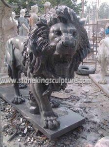 大理石のライオン、切り分けられた石造りのライオンおよび大理石動物(SK-2186)