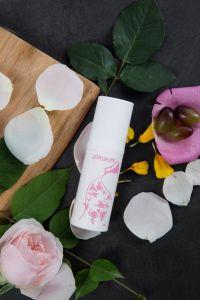 Feminol luxueux et de la fonction de l'huile de lavage pour les femmes et hommes de nettoyage de pièces privé avec Rose d'huile.