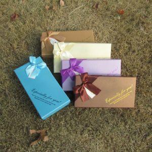 Het gevoelige Vakje van de Gift van het Document in Verschillende Kleur met Lint