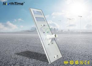 Teléfono inteligente controlado APP Integrated Solar lámpara de LED en carretera.