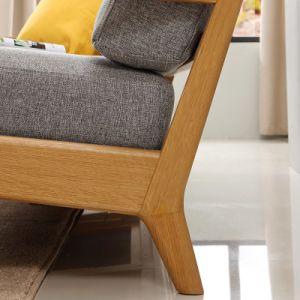 単一の固体木のソファーの椅子