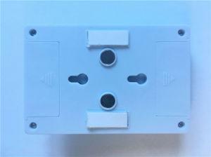 磁石およびハングの穴が付いている非常に普及した2W穂軸の壁のスイッチ