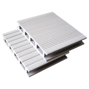 A cor branca WPC piso em Deck (HO02515)