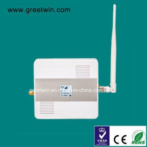 GSM900MHz de de Mobiele Spanningsverhoger/Repeater van het Signaal van de Telefoon met de Volledige Reeks van de Digitale LEIDENE Kabel van het Comité + van de Antenne