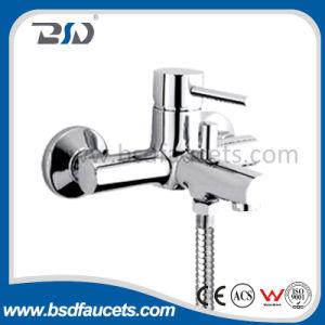 Ökonomischer Messingchrom-an der Wand befestigter Badezimmer-Dusche-Hahn-einzelner Handgriff
