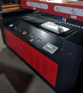 금속 비금속을%s 280W 300W Laser 절단기 기계 Flc1325A