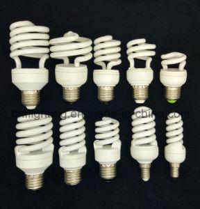 Bombilla de CFL en espiral con bombillas de ahorro de energía para el ahorro de energía