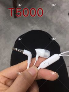 De nieuwe Oortelefoon van de Prijs van de Fabriek van de Draad van de Goede Kwaliteit van het Ontwerp Stereo Vette