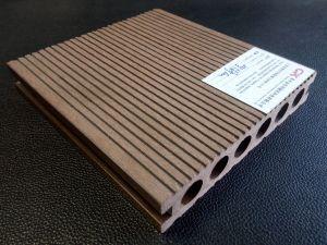 De anti UV en Waterdichte Houten Plastic Samengestelde Bevloering van Decking WPC