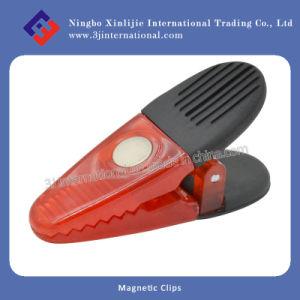 Collier de serrage à main en plastique magnétique