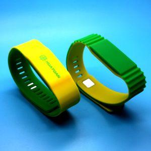 À prova de várias cores MIFARE Classic 4K Pulseira RFID inteligentes para pagar sem numerário SAP