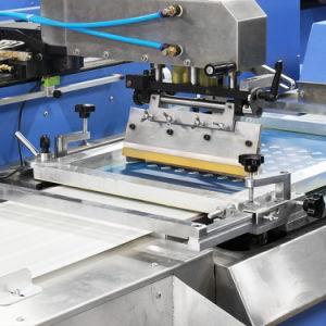 3 цветов швейной машины трафаретной печати этикеток