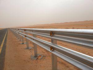 Aço Galvanizado Barreira de tráfego/Corrimão de auto-estrada para a Segurança do Veículo