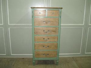 Funzionale e Beautiful Cabinet Antique Furniture