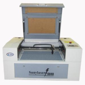 PMMA 50W를 위한 쉬운 운영 이산화탄소 Laser 조판공