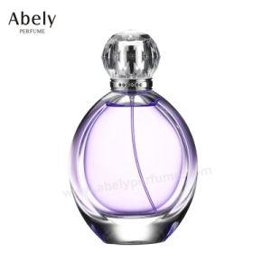 Bouteille de parfum en verre sur mesure unique avec le concepteur du parfum