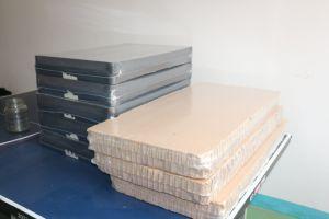 大きいサイズの製品、ドアのシーリングおよび切断の収縮の包装機械
