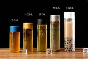 De duidelijke Fles van het Glas van het Mineraalwater Voss met Groen Plastic GLB