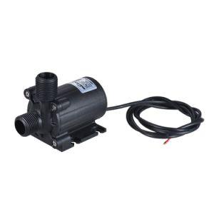 噴水のプールの魚飼育用の水槽のためのブラシレスモーターを搭載するDC 24V 1000L/Hの低雑音水水陸両用ポンプ