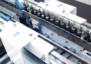 4/6 de cola de papel automático de las esquinas de la máquina de enlace (GK-1100GS)