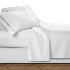 Cuatro piezas de color blanco de Sábana