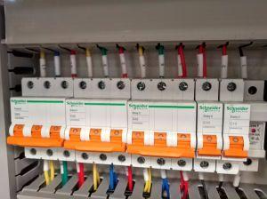 Niedrige Energie-Spindelpresse-Klärschlamm-entwässernmaschine in DAF