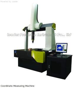 De kleine Grootte automatiseerde Gecoördineerde Metende Machine (cmm-574C)