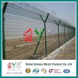Cerca de la conexión de cadena del alambre de púas del aeropuerto de la cerca del aeropuerto del poste de Y