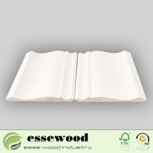 Amorcée en bois blanc Basebaord pin / de moulage de moulures en couronne pour le plafond