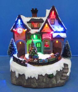 Het Lichte Station van Decoratie 8 van Kerstmis van de Ambachten van de hars leiden '' met het Bewegen van Trein