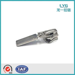 공장 Zipper Slider, Luggage, Outo Lock Zipper Puller Accessories를 위한 Zip Pulls