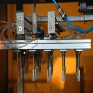 Camada única máquina de termoformação automático de tampas plásticas para a PS/BOPS/PVC/Pet
