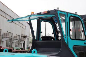 Carrello elevatore diesel/elettrico da 10 tonnellate con l'albero di 3m e le gomme pneumatiche