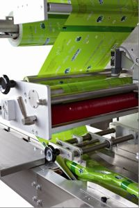 Matériau aluminium automatique du film et la coupe de pochette d'étanchéité de la machine d'emballage