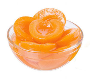 シロップの安い価格の新しい缶詰にされた杏子