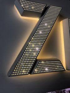 Het LEIDENE van de manier Teken verblindt de Acryl LEIDENE Lichtgevende Brief van het Kanaal voor Reclame