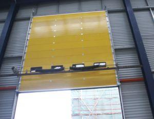 Potência industrial exterior do armazém automático de elevação de segurança de translação vertical do tipo sanduíche com isolamento térmico de poliuretano PU Transversal Superior de Segurança da Porta da Garagem