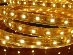 Indicatore luminoso di striscia giallo flessibile SMD3528/5050 del LED con Ce&RoHS