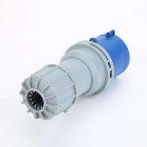 Nouveau type de haute qualité 4p Euro-Standard IP44 32A 220V Industrial Insérer le bouchon 023n