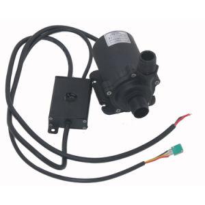 12V DC 1200L/h de débit faible bruit chauffage alimentant la pompe de circulation de l'eau de champ