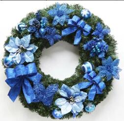 Colorido e todos os tipos de decoração de férias de Natal Artificiais Coroa