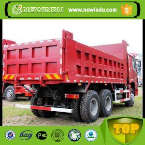 De Vrachtwagen van de Stortplaats van het Wiel HOWO 371HP 10 in Tanzania