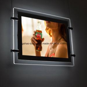 アクリルの額縁をハングさせる屋内媒体広告のライトボックス