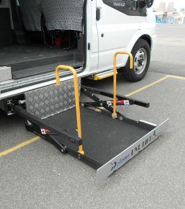 Levantar da cadeira de rodas para Van pode carregar 300kg Instale na porta do meio com certificado CE