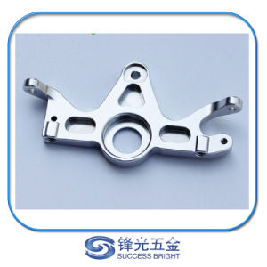 Fachmann passte goldenes anodisiertes maschinell bearbeitetes Befestigungsteil des Aluminium-Al6061-T6 CNC an (F-245)