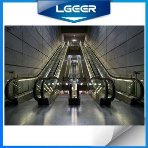 Крытый и открытый Vvvf безопасности коммерческого торгового центра эскалатора с алюминиевыми шаг