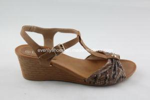 Ouvrir les femmes de la TOE sandale avec T-sangle pour la mode