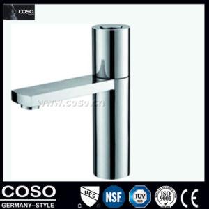 真鍮の洗面器のミキサー、洗面器のコックAC8688