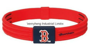 Braccialetto di gomma del Wristband del silicone su ordinazione poco costoso per i regali