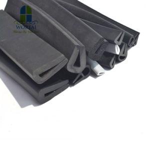 保護装置のコーナーガードのゴム製正方形のUチャンネルセクションストリップ